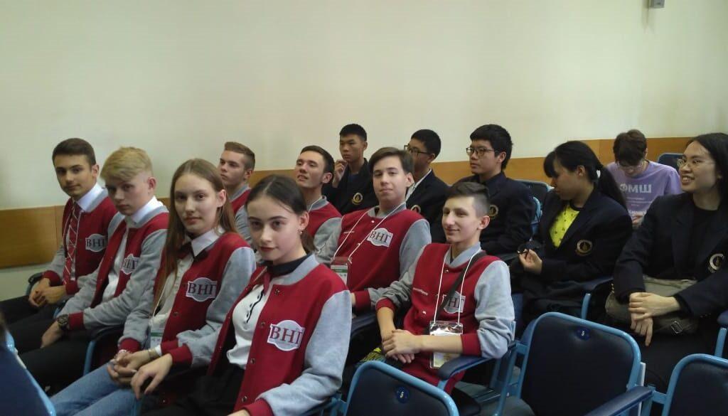 Гимназисты на международных математических соревнованиях